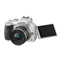 Panasonic Lumix DMC-G5K weiß + G Vario 14-42mm