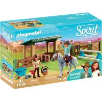 Playmobil Spirit Riding Free Reitplatz mit Lucky & Javier