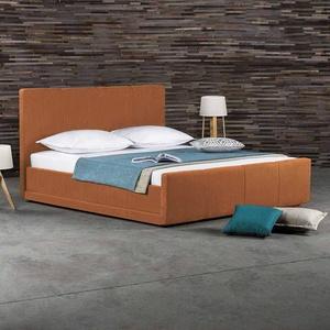 Bett in Orange Kunstleder