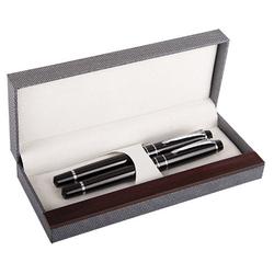 Füller und Kugelschreiber in hochwertigem Etui