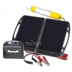 Mobiler Carbest Solargenerator mit 13W Modul und Akku