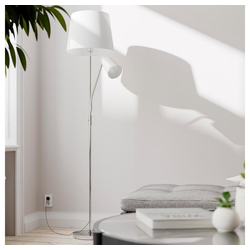 By Rydens Stehlampe By Rydens Sakai mit Leselampe