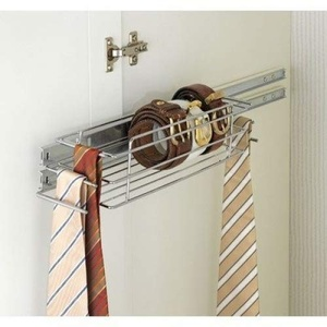 WENKO 5977100 Schrankauszug Kleinteileablage - Ablage mit 6 Krawatten- / Gürtelhaltern, Chrom, 40 x 10 x 9 cm
