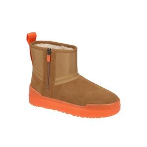 UGG Classic Tech Mini Stiefel braun orange 1116101