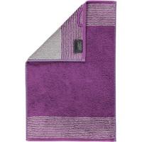 590 Gästehandtuch 30 x 50 cm purpur