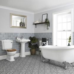 Nostalgie Bad Set mit freistehender Badewanne, WC und Standwaschbecken - Oxford