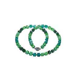 Bella Carina Perlenkette grün, mit Glaswürfeln 45 cm