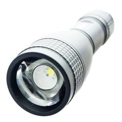 SILA L150range LED-Taschenlampe mit Zoom-Fokus Schiebesystem, max. 150Lumen