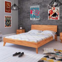Niedriges Bett aus Kernbuche Massivholz geölt