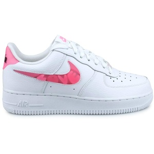 Nike Damen WMNS AIR Force 1 '07 SE Basketballschuh, White Sunset Pulse Black Clear, 38 EU