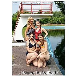 Frauen im Freibad (Wandkalender 2021 DIN A4 hoch)