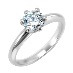 Klassischer Verlobungsring mit Diamant Tila