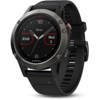 grau mit schwarzem Armband