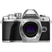 Olympus OM-D E-M10 Mark III silber + 14-42 mm EZ + 40-150mm R