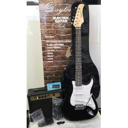 Daytona Gitarrenset ST-E-Gitarre 4/4, inkl. Verstärker, Gitarrengurt, Gitarrenkabel, Gitarrentasche, Stimmgerät + Pleks