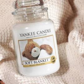 Yankee Candle Soft Blanket große Kerze 623 g