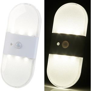 PEARL Wandlicht: Batterie-LED-Wandleuchte, Bewegungs- & Licht-Sensor, 80 Lumen, IP44 (Lampe mit Bewegungsmelder)