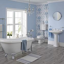 Nostalgie Bad Set - Toilette, Waschbecken, Badewanne und Armaturen - Löwenfüße Weiß