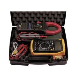 Koffer elektrische Messung Multimeter und Strommesser Zange