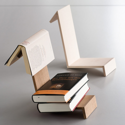 Side by Side Buchablage mit Lesezeichen Eiche