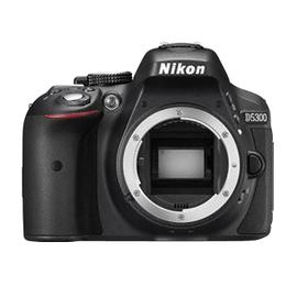 Nikon D5300 schwarz + AF-S DX 18-105mm ED VR