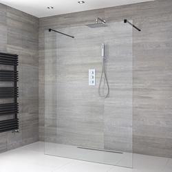Ebenerdige freistehende Dusche, Größe von Glaswand und Rinne wählbar - Nox, von Hudson Reed