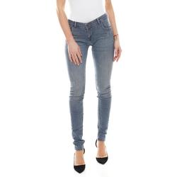 Coccara Regular-fit-Jeans COCCARA Bella Jeans bequeme Damen Denim-Hose mit Used-Look-Details Five-Pocket-Hose Blau W26