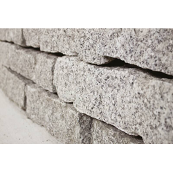 Mauersteine Granit , 10-20-40, 750 kg Big Bag
