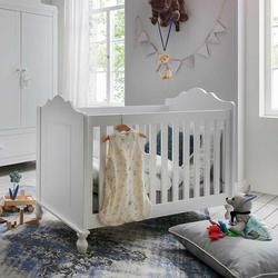 Babygitterbett in Weiß lackiert