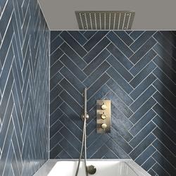 Thermost-Dusche inkl. Unterputz-Duschkopf, Handbrause und Überlauf-Wannenfüller inkl. Ablauf, Gebürstetes Gold - Clarus