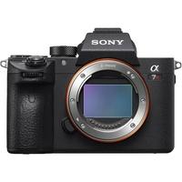 Sony Alpha 7R III + FE 24-70 mm GM