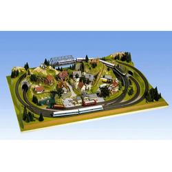 NOCH Modelleisenbahn-Fertiggelände Schönmühlen, Made in Germany bunt Kinder Ab 12-15 Jahren Altersempfehlung Modelleisenbahn-Erweiterungen