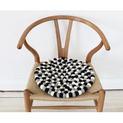 Wooldot Sitzkissen Mixed Color, rund, Filzkugel-Teppich, Wolle, auch als Set bestellbar weiß