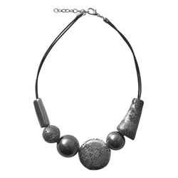 Collier im Schlangen-Design