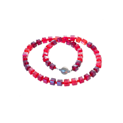 Bella Carina Perlenkette rot, mit Glaswürfeln 50 cm