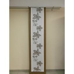 Musterfenster Vorhang Gardine Flächen Blumen natur braun, fertig genäht