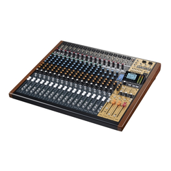 Tascam Model 24 Mischpult