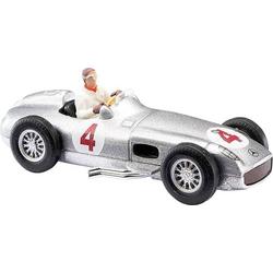 Busch 47002 H0 Mercedes Benz Silberpfeil mit Fahrer J. M. Fangio