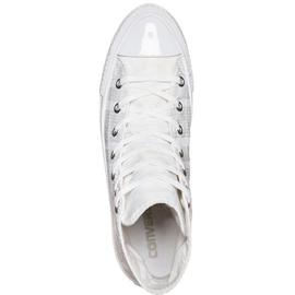 white, 40.5