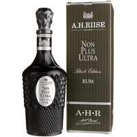 A H Riise Non Plus Ultra Black Edition 42% vol 0,7 l Geschenkbox