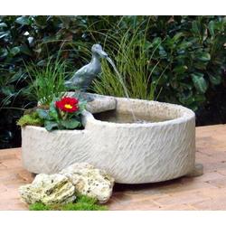 Wasserspiel Gartenbrunnen Gustav, Sandstein beige mit Ente Wasserspeier