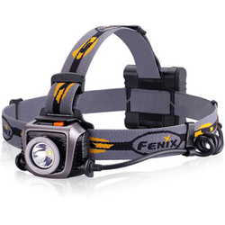 FENIX LED-STIRNLAMPE HP15 900 LM MIT 4 AA BATTERIEN