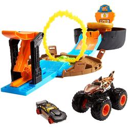 Verfolgen Sie die Mattel Hot Wheels Stunt Arena mit 2 Fahrzeugen
