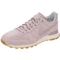 Nike Wmns Internationalist SE