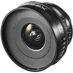 Weitwinkel-Objektiv f/22 - 1.9 20mm