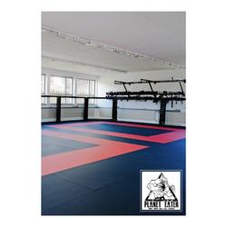 MATTE TATAMI MMA (Farbe: Schwarz, Farbe: Rot)
