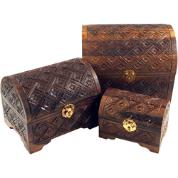 Guru-Shop Aufbewahrungsdose Halbrunde beschnitzte kleine Schatztruhe,.. 25 cm x 21 cm x 20 cm