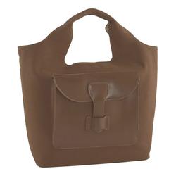 Tasche mit großer aufgesetzter Tasche vorne