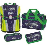 Space mit Sporttasche