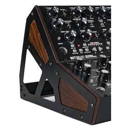 MOOG Mother-32 Rack Kit 2